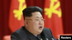 На празднование Дня Победы в Москву приедет лидер КНДР Ким Чен Ын - это еще одна причина для западных лидеров отказаться от визита в российскую столицу