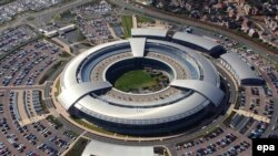 تمپورا؛ ستاد ارتباطات دولت بریتانیا که تبادلات اینترنتی را کنترل میکند
