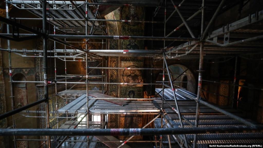 Так виглядає центральна частина Святої Софії під час наукових і реставраційних розвідок