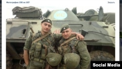 Russian soldiers allegedly pictured in Ukraine