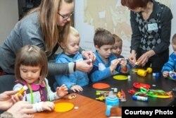 Belarus - belarusian kindergartens, Courtesy