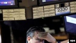 В депрессии из-за событий на рынке оказались не только профессионалы-финансисты, но и рядовые граждане Америки