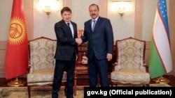 Премьер-министры Кыргызстана и Узбекистана Сапар Исаков и Абдулла Арипов.