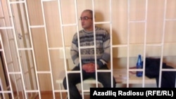 Azerbaijan - Journalist Eynulla Fatullayev in the Baku Appeals Court - 25Jan2011
