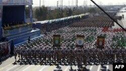 Parada ushtarake në Teheran
