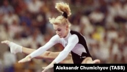 Tatiana Gutsu competes at the 1992 Summer Olympics in Barcelona.