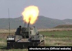 Учение артиллерийских подразделений российского армейского корпуса в Опукском заповеднике. Апрель 2017 года