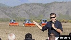 Грузинские власти считают, что опыт буров, которые на своих фермах используют новейшие технологии и даже имеют собственные маленькие лаборатории, очень пригодится стране