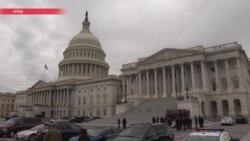 Сенат США принял новые санкции против России и запретил президенту отменять их без одобрения Конгресса