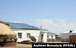 Қызылорда облысындағы ауылдардың біріндегі үй. Көрнекі сурет.