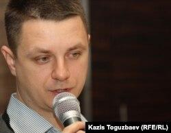 Заместитель директора Казахстанского бюро по правам человека Денис Дживага. Алматы, 15 декабря 2011 года.