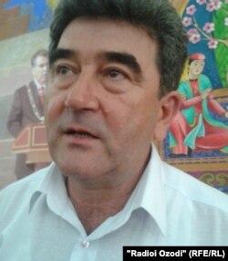 Фаррух Хоҷаев, раиси тозатаъйини Иттиҳоди рассомони Тоҷикистон.