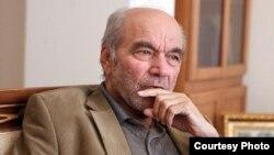 رضا داوری اردکانی، رئیس فرهنگستان علوم و استاد سابق دانشگاه
