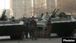 Armenia -- Soldiers patrol streets of Yerevan on March 2, 2008.