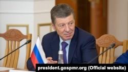 Dmitri Kozak, șef adjunct al administrației prezidențiale ruse, la Tiraspol, iunie 2019.