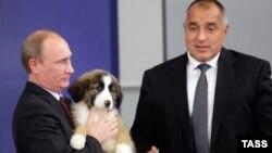 Орус президенти Владимир Путин жана Болгариянын премьер-министри Бойко Борисов. 2010-жыл