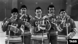 Fetisov, pictured second from right, in the Soviet Olympic hockey team.