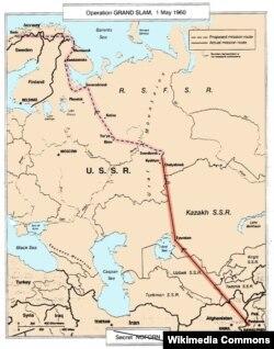 """U-2-nin """"Böyük dəbilqə"""" missiyası"""