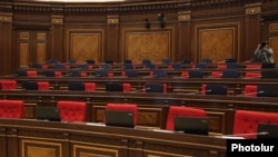 Armenia - The pro-government majority boycotts a parliament session initiated by opposition factions, Yerevan, 21Nov2012.