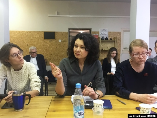Зьлева напарава: Кацярына Куксо, Алена Радзевіч, Алена Палейка