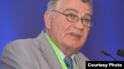 Мартин Ромер, Европска конфедерација на синдикати за образование.