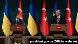 Президенти України і Туреччини Володимир Зеленський (п) та Реджеп Таїп Ердоган, 7 серпня 2019 року