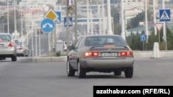 Автомобиль преследовавший Солтан Ачилову
