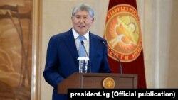 Президент Алмазбек Атамбаев. 16 ноября 2017 года.