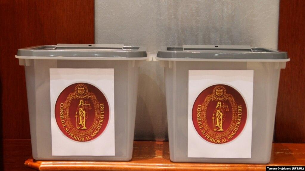 Urnele de vot la Adunarea generală a judecătorilor