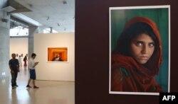 Фотографія з обкладинки National Geographic (п) потрапила й на багато міжнародних фотовиставок