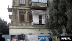 Здание по адресу проспект Нефтянников 95/97 построено в 1880-х годах на деньги Зейналабдина Тагиева