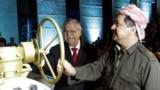 الرئيسان طالباني وبارزاني يدشنان تصدير النفط من حقول الاقليم (من الارشيف)