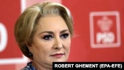 """N.C.Munteanu - """"bacșișul oferitchelneriilor,şoferilorde taxi,frizerilor,coafezelor nuînseamnăcorupție"""""""