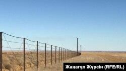 Полигон нефтяных отходов близ села Жанатан Байганинского района Актюбинской области. 9 октября 2018 года.
