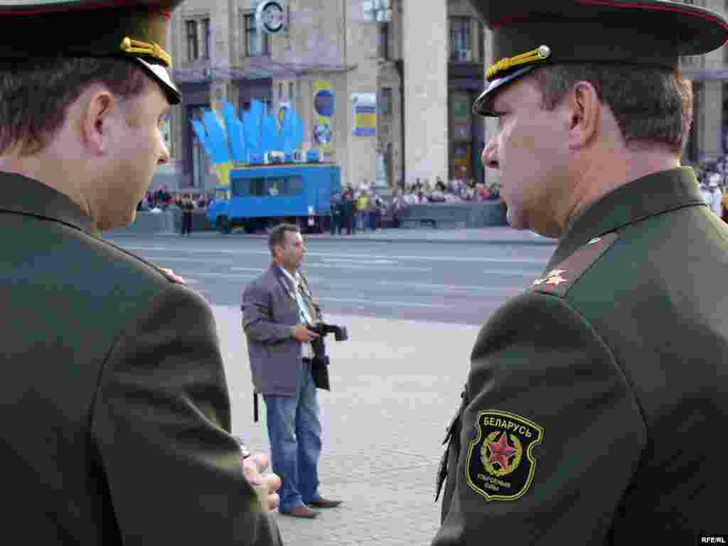 У параді візьмуть участь 130 курсантів Військової академії Республіки Білорусь.