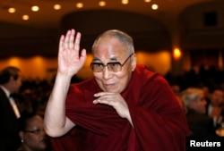 Духовный лидер тибетцев Далай-лама