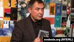 Дырэктар беларускай службы Радыё Свабода Аляксандар Лукашук падчас прэзэнтацыі «Беларускай Атлянтыды»