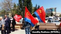 9 mayda Bakıda Sovet Azərbaycanının bayraqları