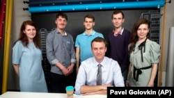 Алексей Навальный и его соратники