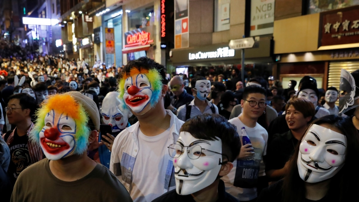 В Гонконге возобновились протесты против ограничения автономии города