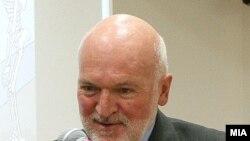 Евро амбасадорот Ерван Фуере