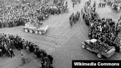 Советские танки в Риге, 1940 год