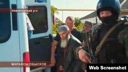 Глава Нижнегорского регионального меджлиса Мустафа Салман, в доме которого был произведен обыск. 5 сентября 2014 года