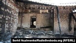 Згорілий будинок колишньої очільниці Нацбанку України Валерії Гонтаревої в селі Гореничі під Києвом. 17 вересня 2019 року