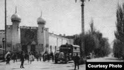 """""""Қишки Хива"""" - Ўзбекистонда 1873 йилда қурилган биринчи театр жадидлар масканига айланди."""