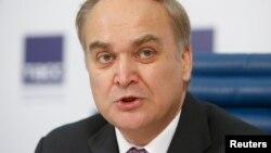 Анатолій Антонов (на фото) замінить Сергія Кисляка, який у липні залишив США після того, як закінчився його 9-річний термін перебування на посаді посла