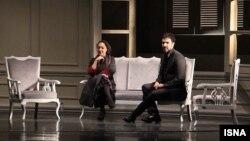 محمدرضا فروتن و نیکی کریمی در «عاشقانههای ناآرام»