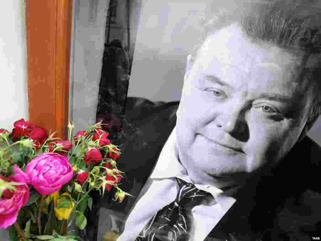 Москва попрощалась с актером Вячеславом Невинным (ИТАР-ТАСС)