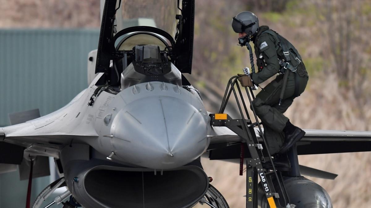 Самолеты НАТО в прошлом году почти 300 раз перехватывали российские самолеты в воздушном пространстве Европы