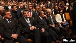 Հայ ազգային կոնգրեսի ղեկավարությունը համանուն կուսակցության հիմնադիր համագումարի ժամանակ, Երեւան, 13-ը ապրիլի, 2013թ.